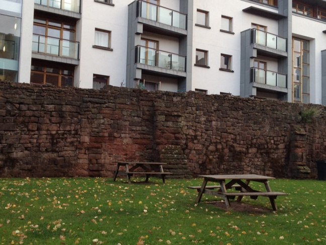 exeter_wall_900