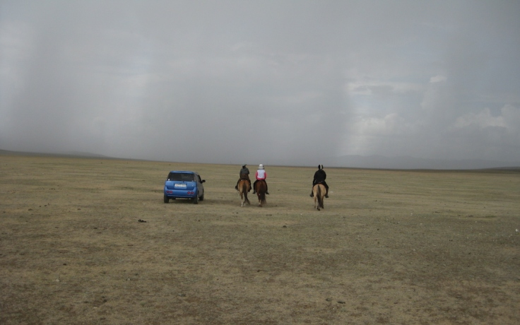 Into the storm... Half an hour later we were putting up a tent in a hail storm