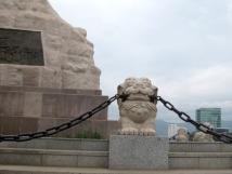 ub_lion_chingis_square